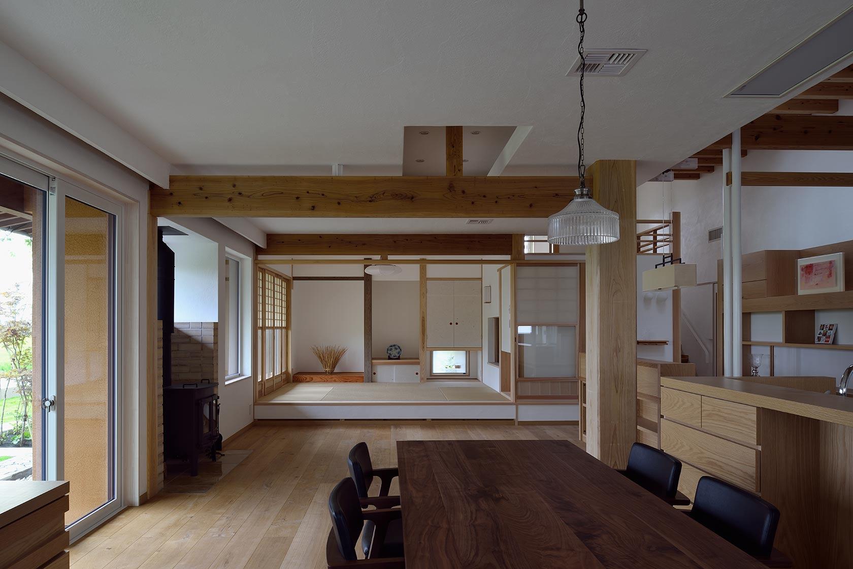 吉野ヶ里の家10-リビングとダイニング