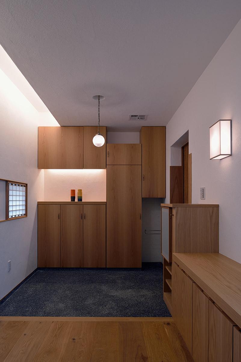 吉野ヶ里の家7-玄関内観