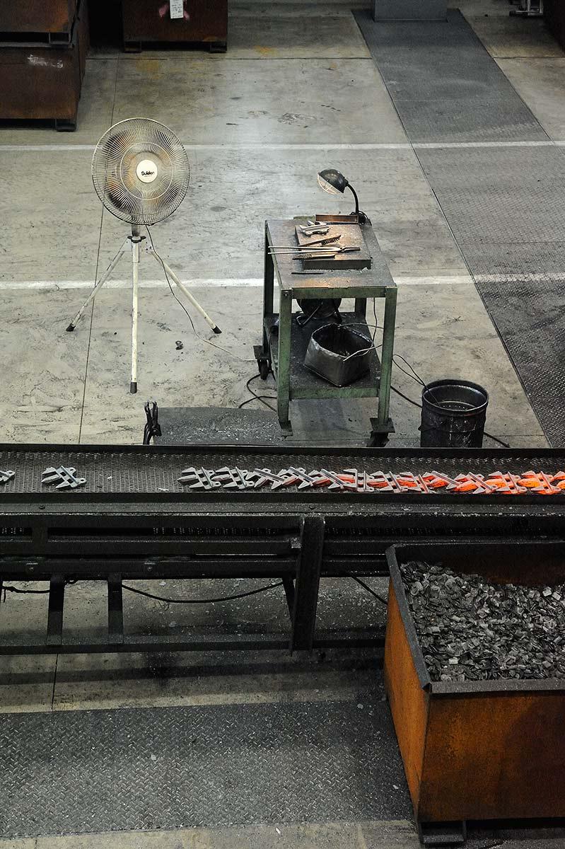 新鍛造工場27-鍛造工程写真
