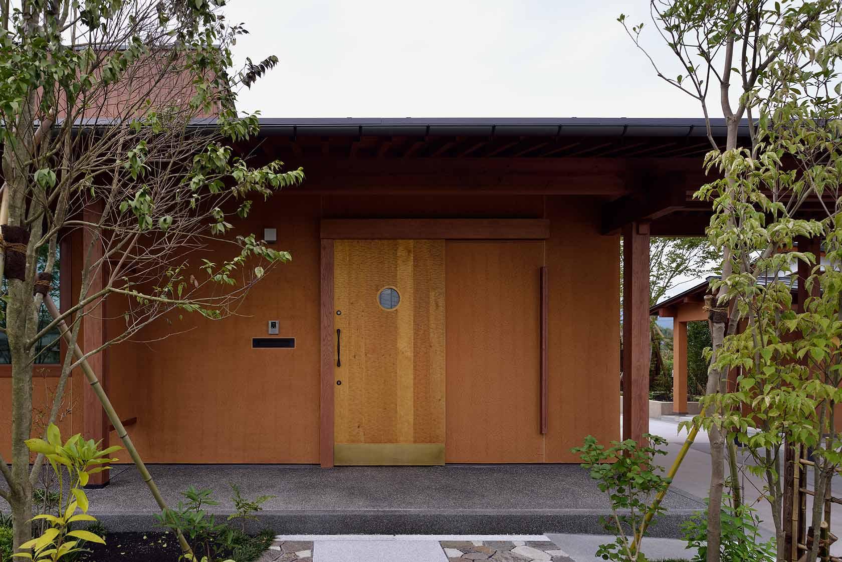 吉野ヶ里の家6-玄関外観