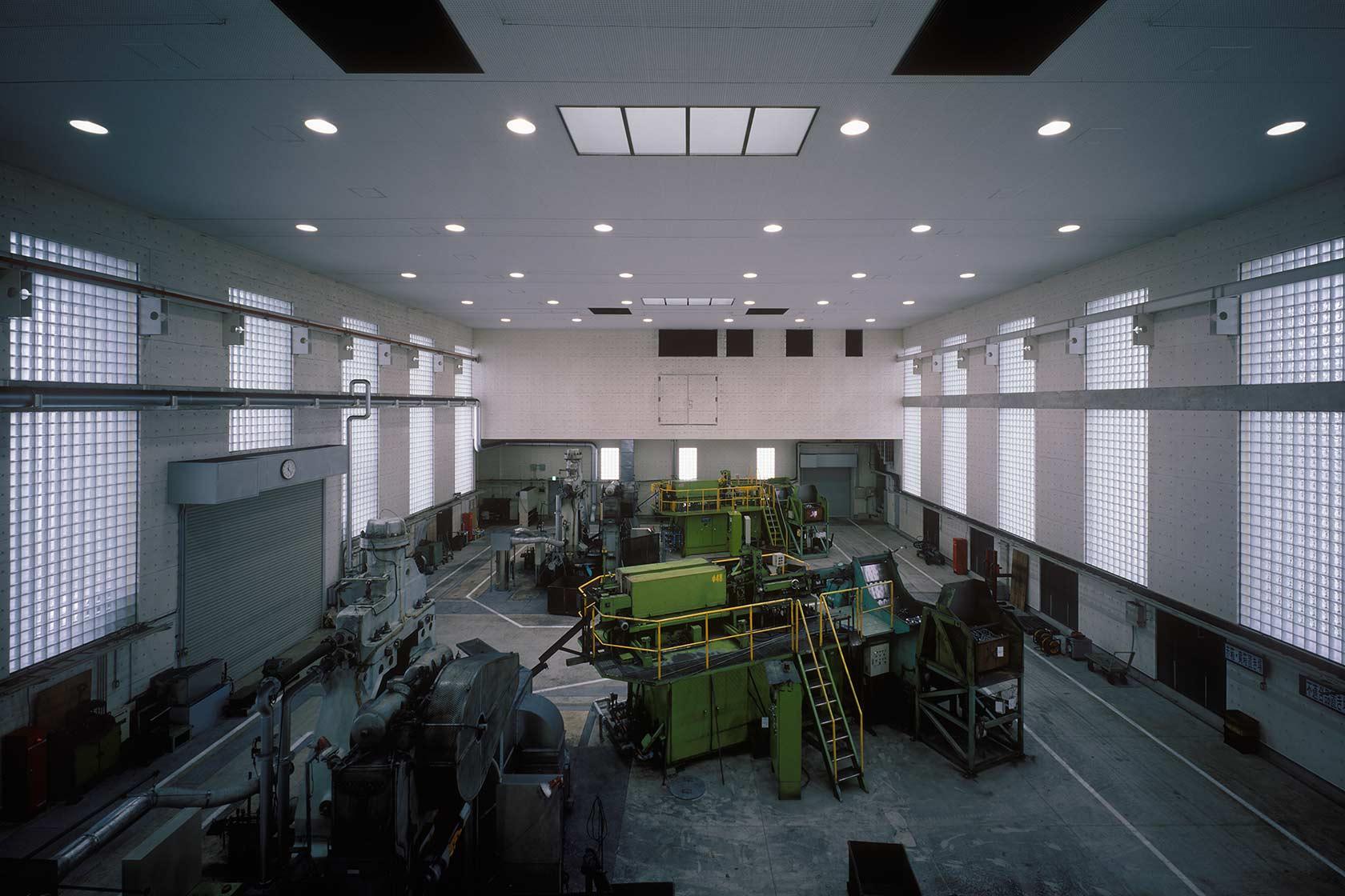 新鍛造工場30-鍛造作業室を見下ろす