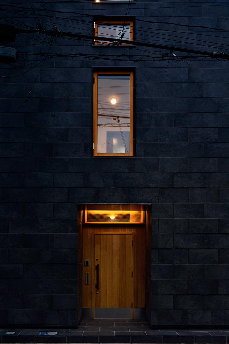 経堂の家7-北面外観 夜景