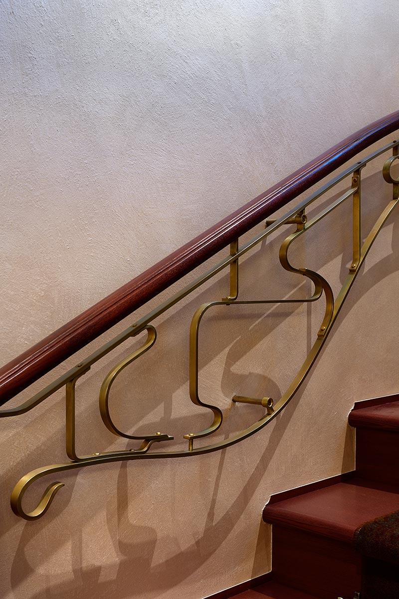 階段の手摺子詳細