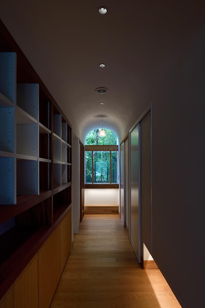 神奈川K邸21-1階廊下