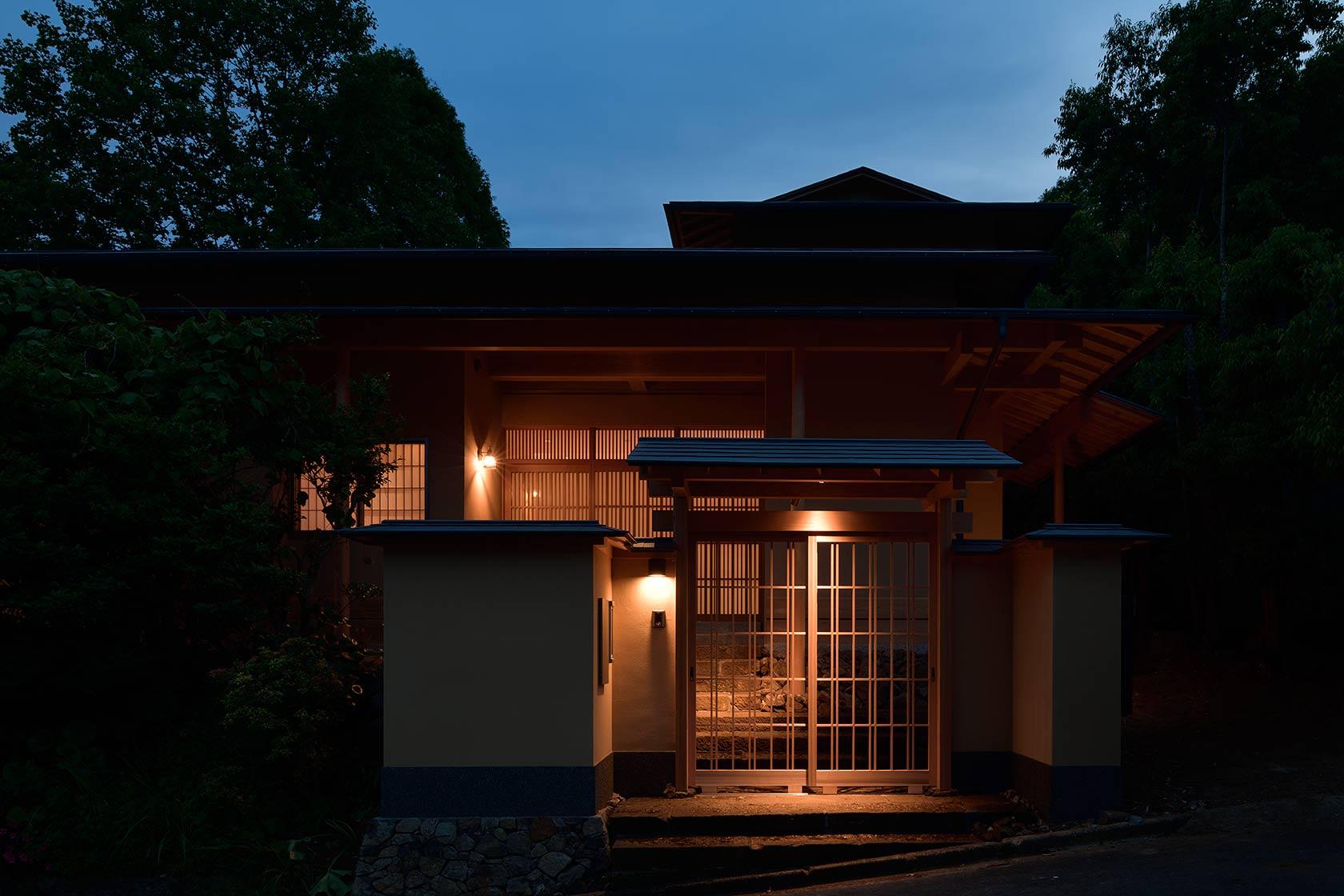 神奈川K邸30-東側エントランス