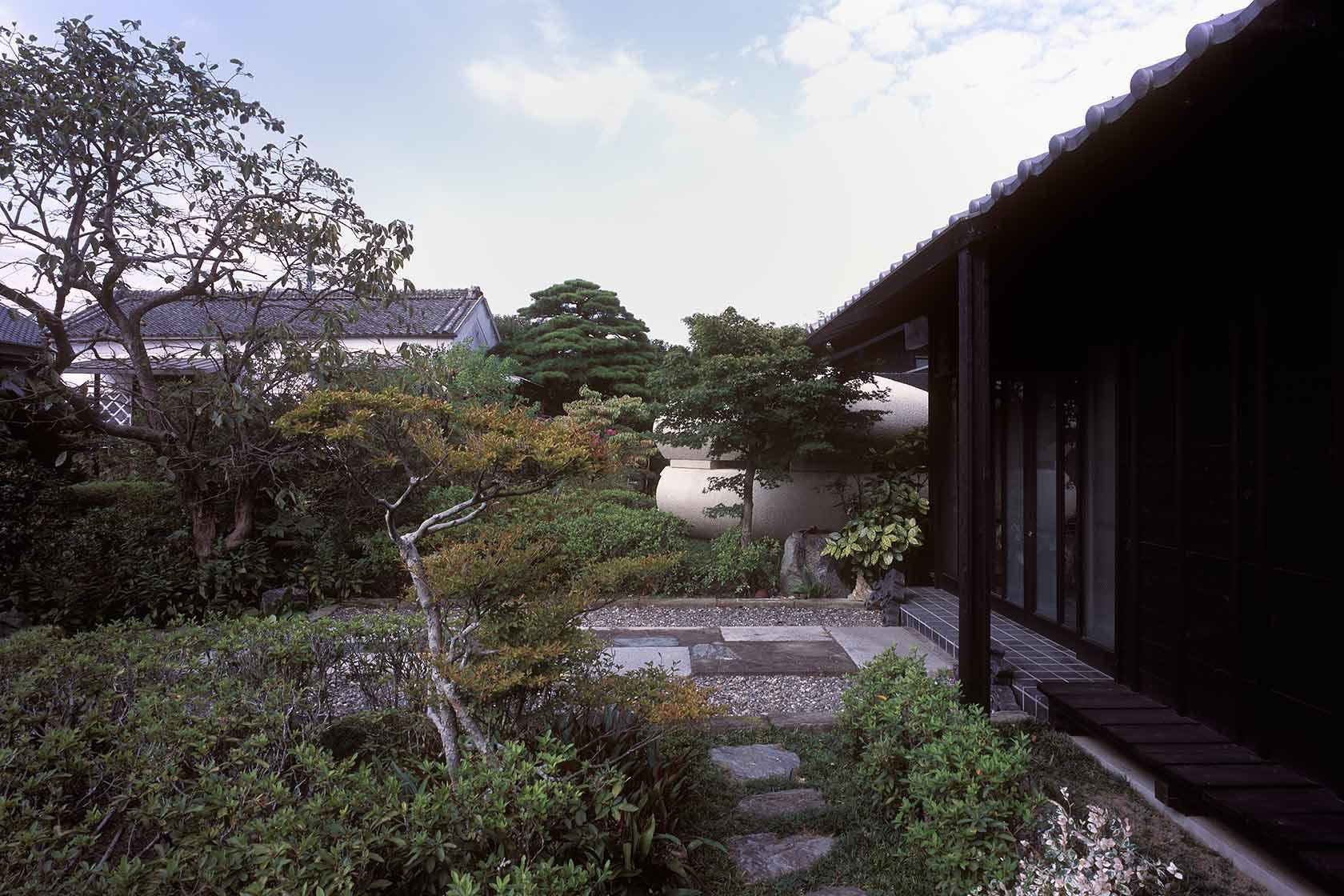 静岡H邸4-玄関周り外観